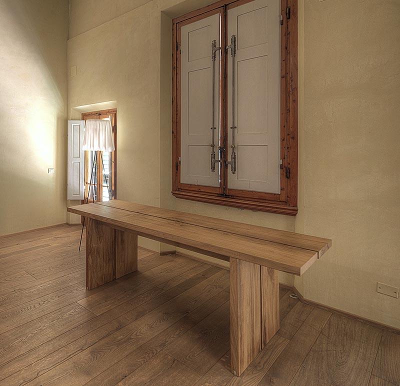 Fiore tavolo design legno massello montaggio ad incastro su misura